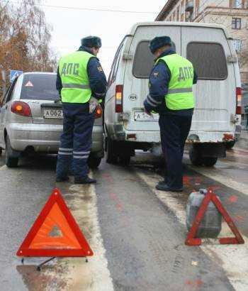 Какие документы инспектор имеет право проверять у водителя.