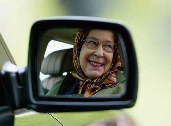 Изображение - Нужна ли доверенность на право управления автомобилем babulya-za-rulyom