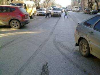 Изображение - Сколько стоит трасологическая экспертиза при дтп sledy-protektora-na-asfalte