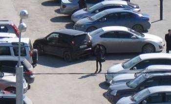Изображение - Авария на парковке — страховой ли это случай по осаго zacepila-mashinu-pri-vyezde-s-parkovki